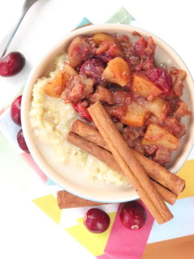 Eggnog Zucchini Oatmeal with Apple-Cranberry-Chestnut Compote #vegan #oatmealartist
