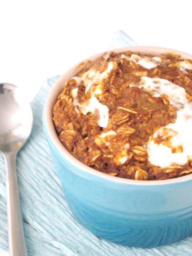 Gingerbread Cream Cheese Baked Oatmeal #vegan #oatmealartist