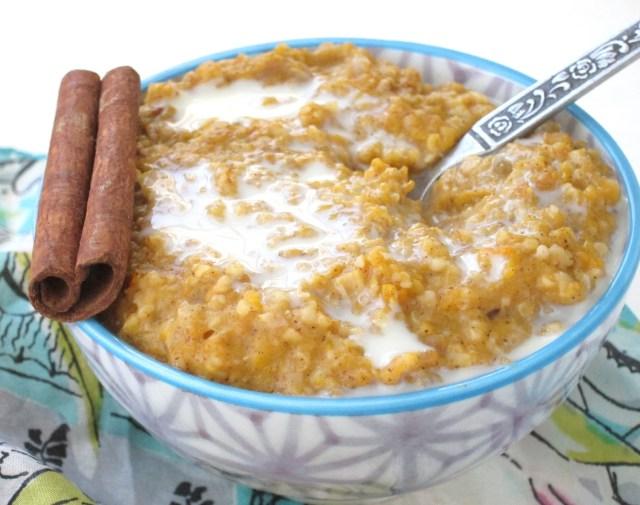 Cardamom Butternut Squash Oatmeal #Vegan #OatmealArtist