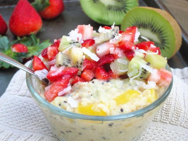 Mango-Kiwi Oatmeal with Strawberry-Kiwi-Coconut Relish