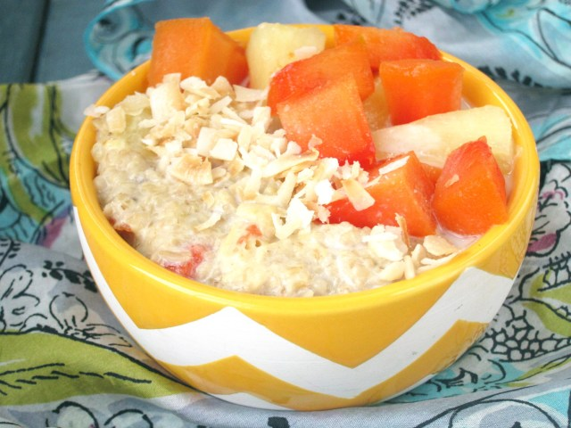 Pina Papaya Oatmeal #OatmealArtist #Vegan