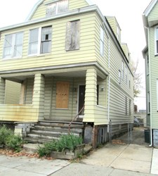 Photo by Ron Leir Neglected, empty house at 229 Chestnut St. is being targeted for remedial action.