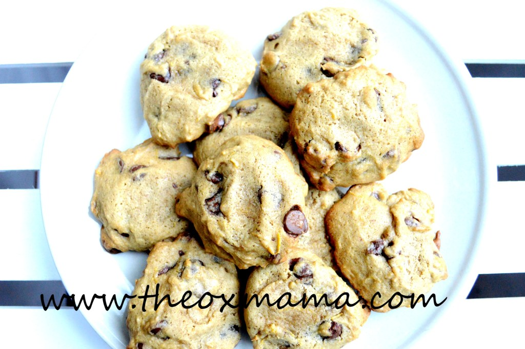 Fresh Pumpkin Chocolate Chip Cookies + and finally a how to on how to make your own pumpkin puree. These cookies are amazing!!