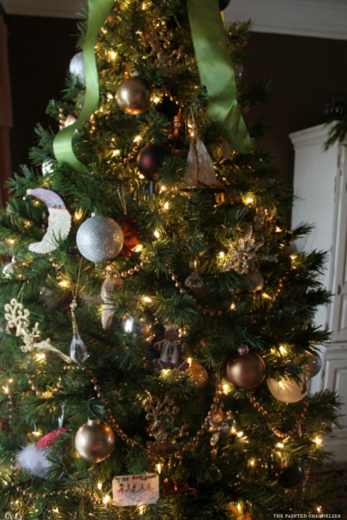 Ornaments For Living Room Windowsills