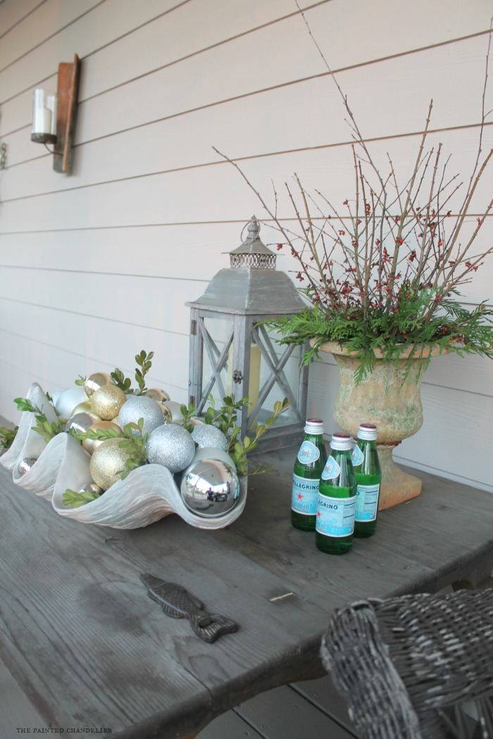 side-angle-side-porch-table-clamshell-greenery-christmas-porch