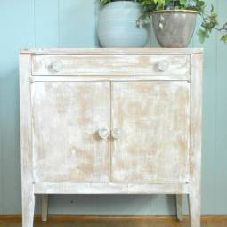 Farmhouse Fun with The Old Fashioned Milk Paint Co.
