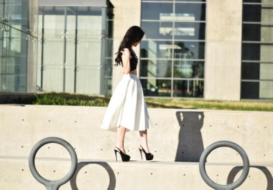 trendy girly fashion blogger dallas texas