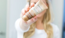 jargons naturally glowing face lotion