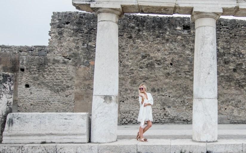 fashion-blogger-pompeii
