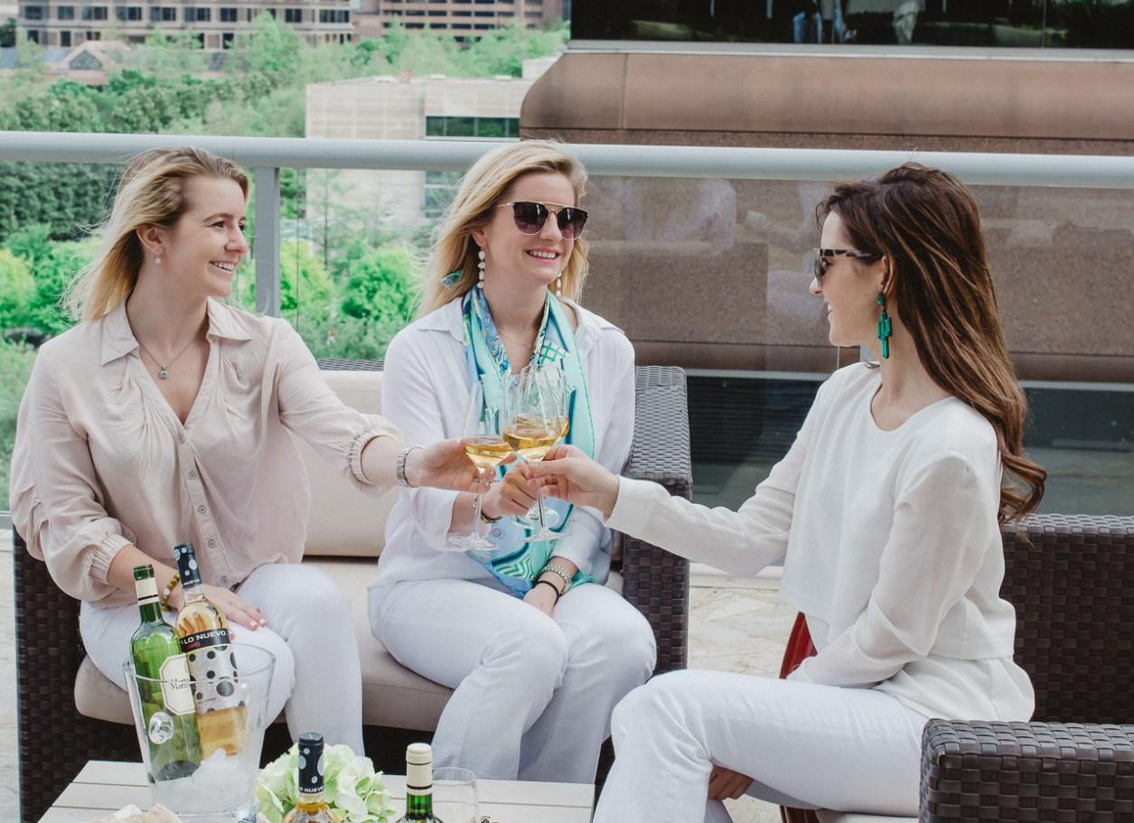 Rueda Verdejo happy hour perennial style
