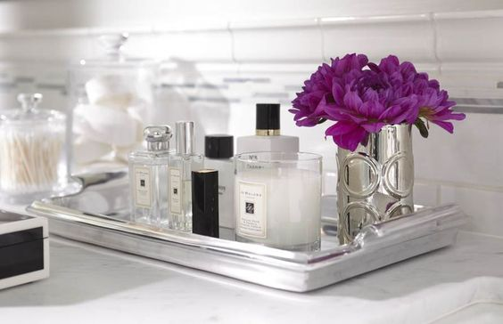 bathroom tray flowers diptyque