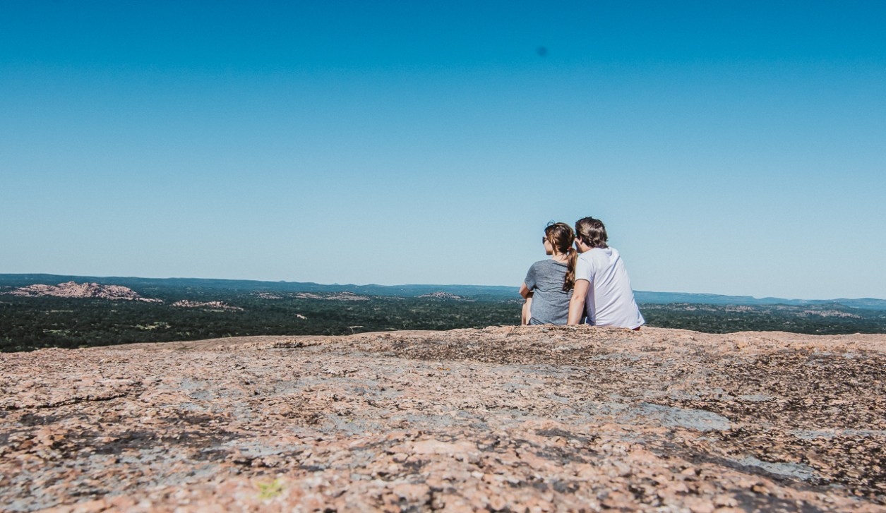 what to do in enchanted rock texas