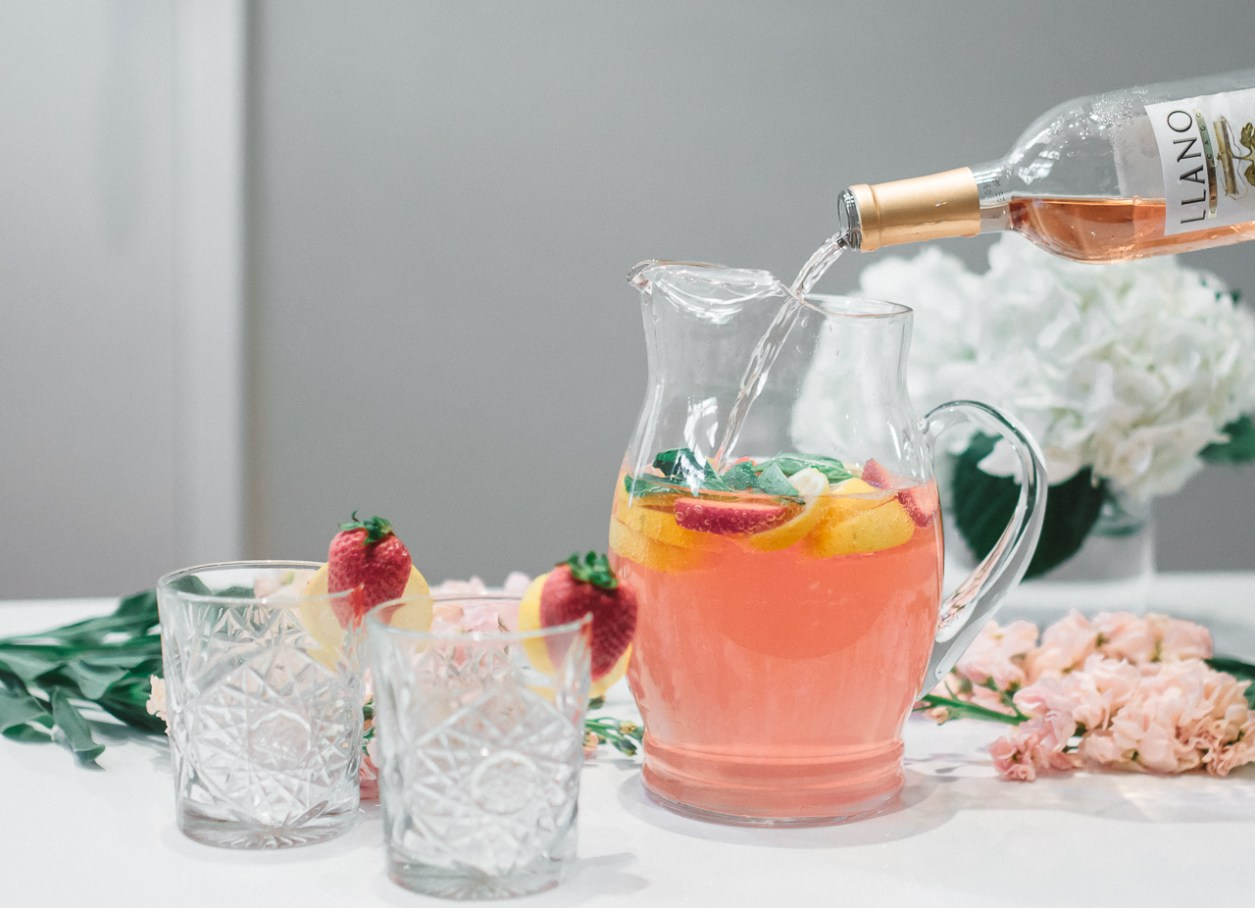Llano Wine Summer Rose Spritzer Cocktail (15 of 26)