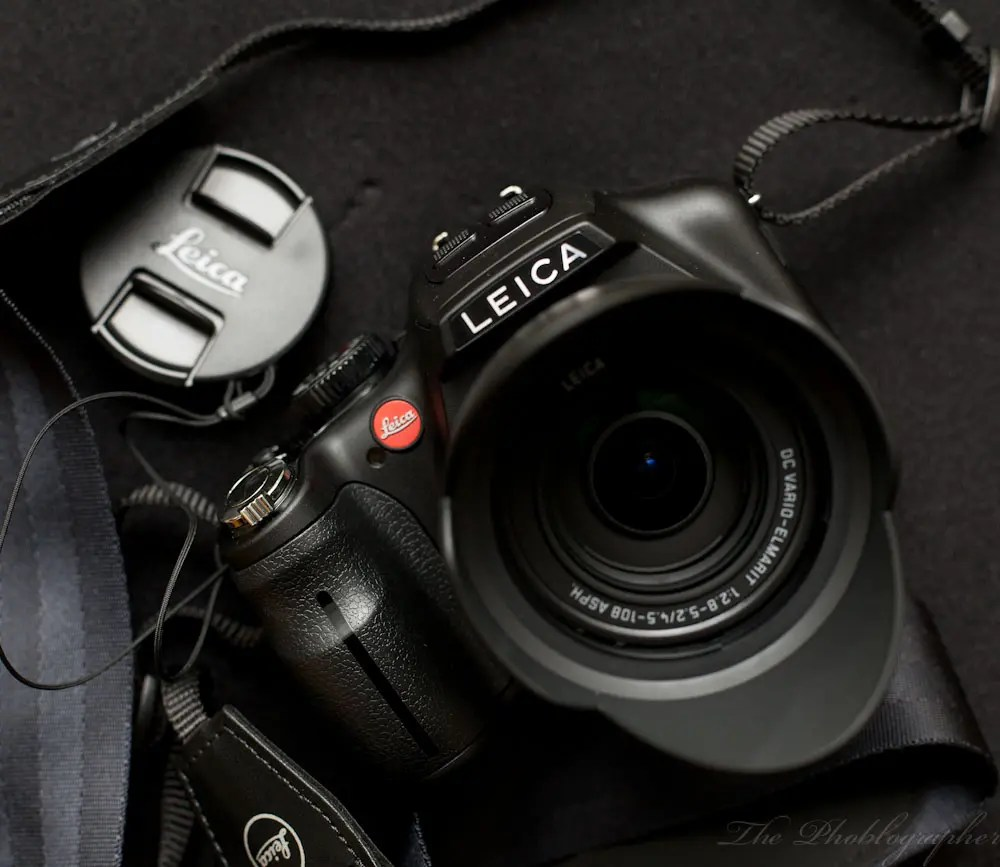 Chris Gampat The Phoblographer Leica VLUX3 review product shots (2 of 4)