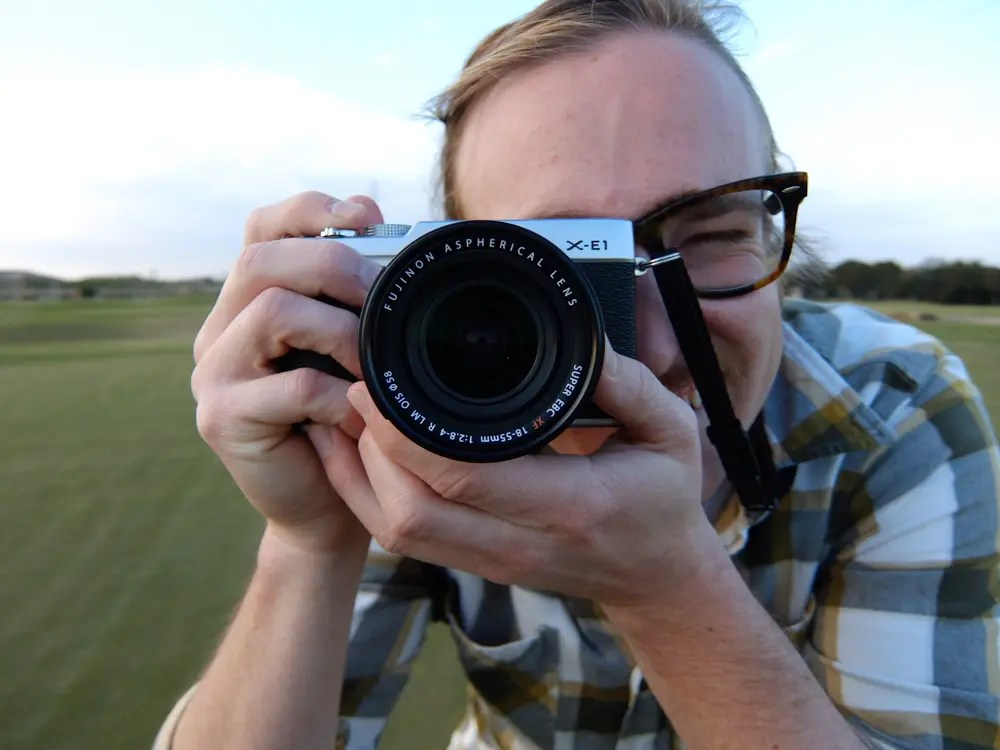The Fuji X-E1 Mirrorless Interchangable Lens Camera in the Hands of Christian Rudman