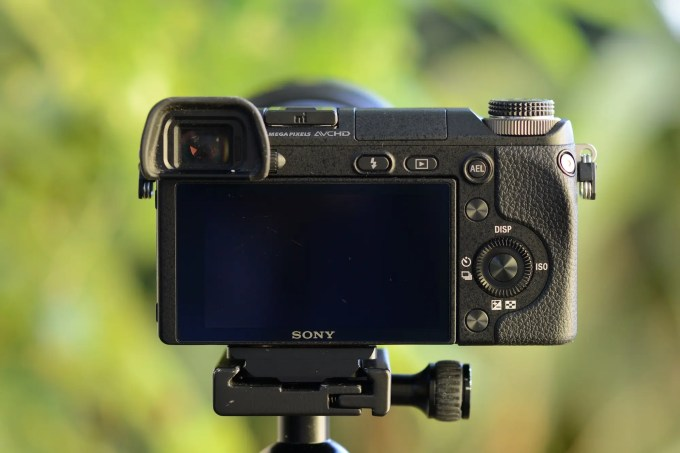 Sony NEX-6 Review 3