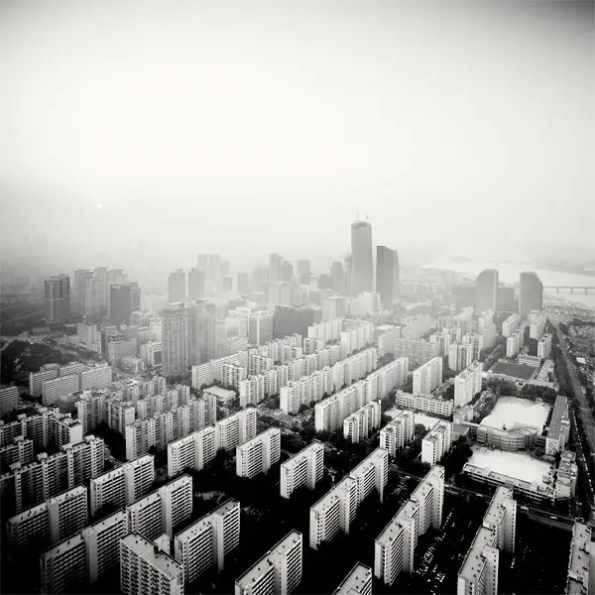martin_stavars-_megalopolis_southkorea01