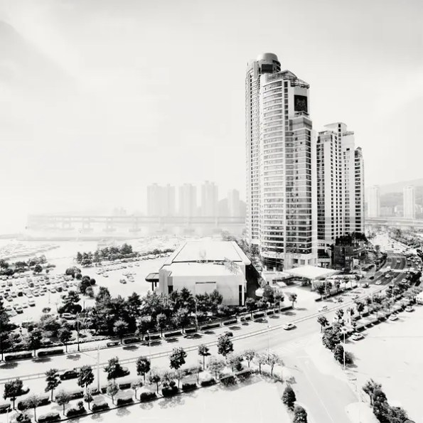 martin_stavars-_megalopolis_southkorea04