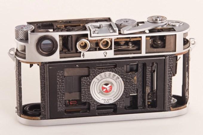 Leica M3 Cutaway (3)