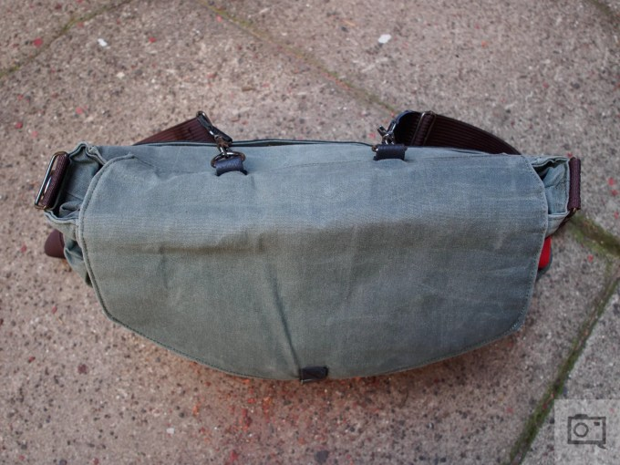 Chris Gampat The Phoblographer QamaySF All In One Waxed Canvas X Grid Bag review product images (7 of 11)ISO 2001-250 sec at f - 2.8