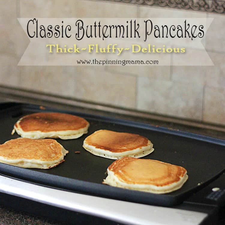 Thick and Fluffy Classic Buttermilk Pancakes Recipe by www.thepinningmama.com