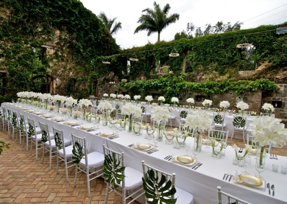 Tropical Chic via David Tutera