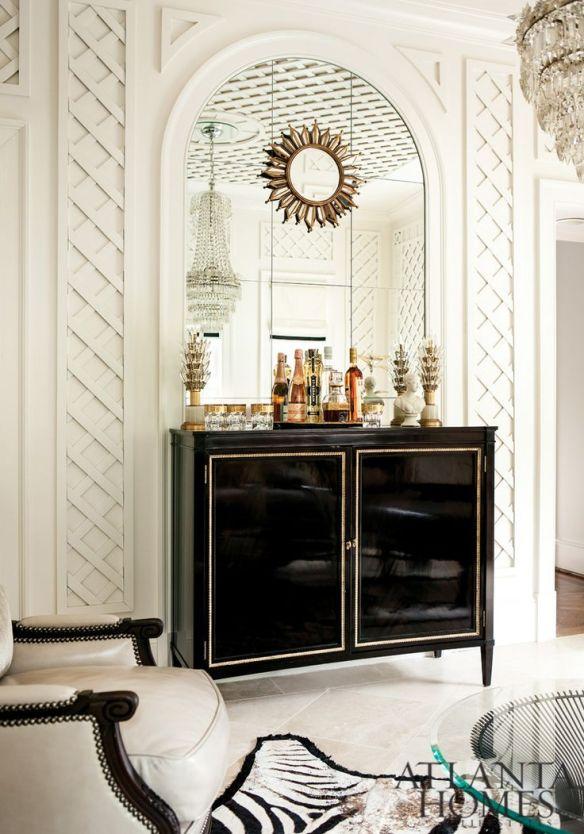 Black High-Gloss Bar via Margaux Interiors
