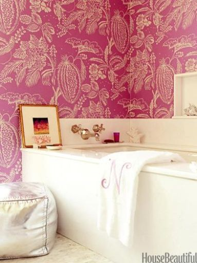 Amanda Nisbet Bathroom in Pink