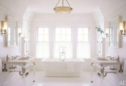 Bathroom by VOctoria Hagan via AD