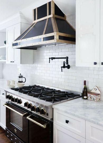 Philadephia kitchen feautiured in Lonny Mag