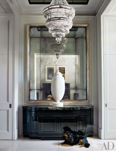Fantastic Gilt mirror in this London townhouse by Hubery Zandberg