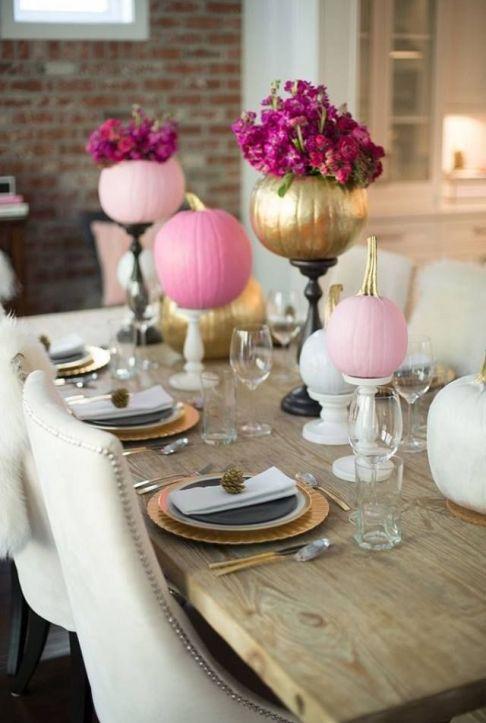 Pretty pink pumpkins bring a femine touch