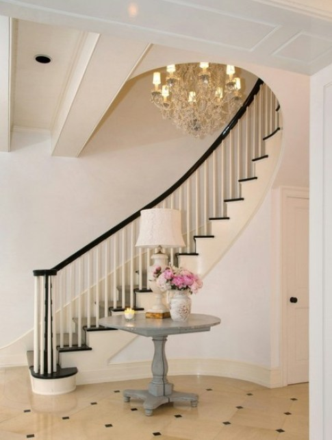 Stairway of Jennifer Lawrence LA home via Lonny