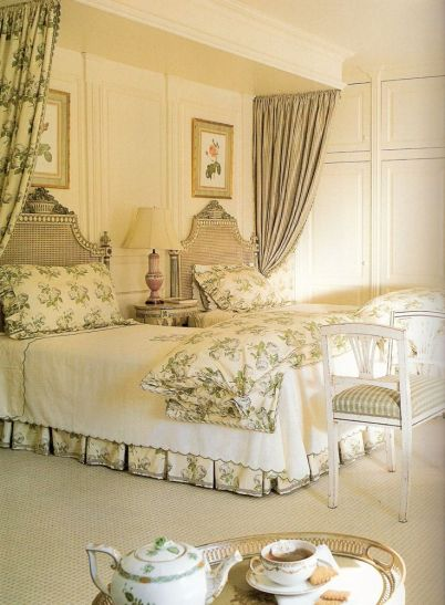 Guest room by Toni Gallagher via Traditional Home