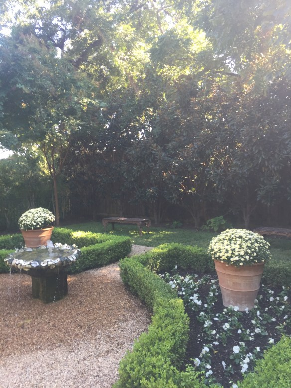 Garden by Robert Bellamy via The Potted Boxwood 10