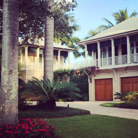 beautiful Florida home via The Potted Boxwood