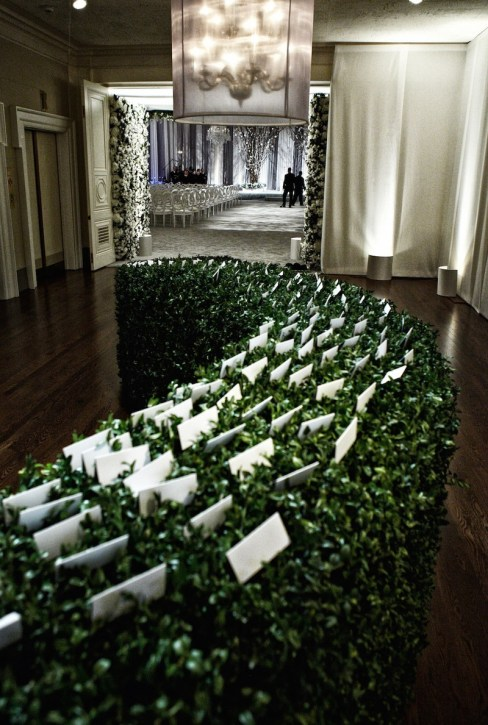 Find your seat in a Boxwood dream via Inside Weddings