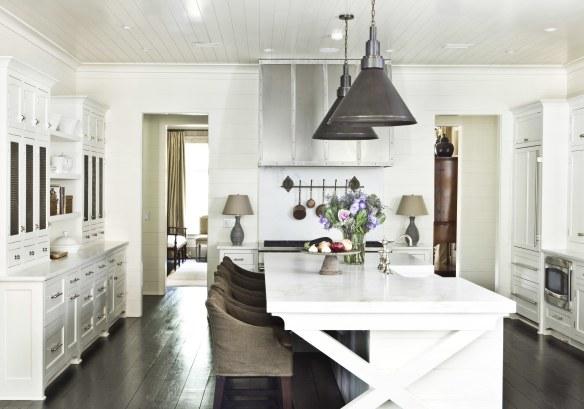 Kitchen by Suzanne Kasler via AD