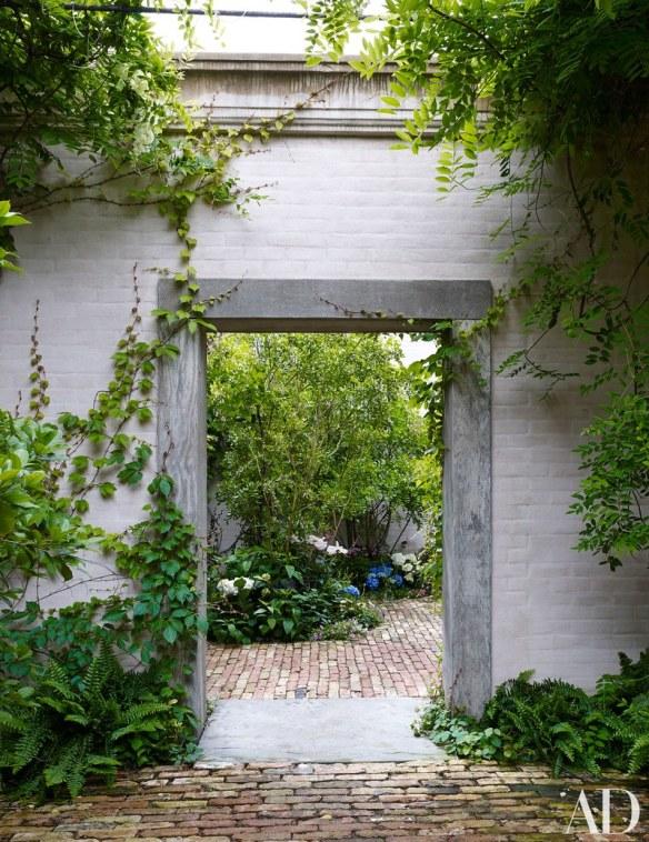 dallas-home-of-betty-gertz-designed-by-axel-vervoordt-via-ad-10