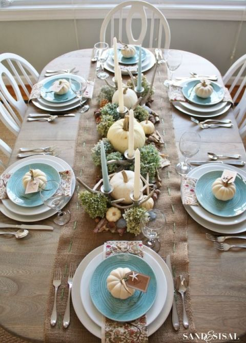 coastal-white-pumpkins-via-elle-decor