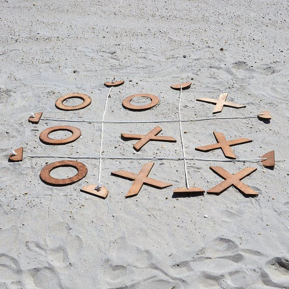 giant-tic-tac-toe-from-shope-terrain