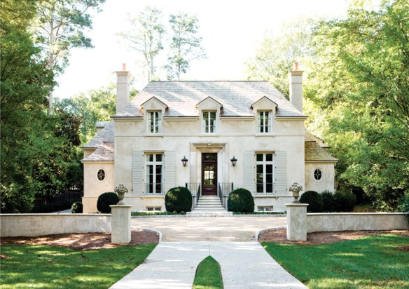 Atlanta home by D Stanley Dixon via Atlanta Homes and Lifestyles