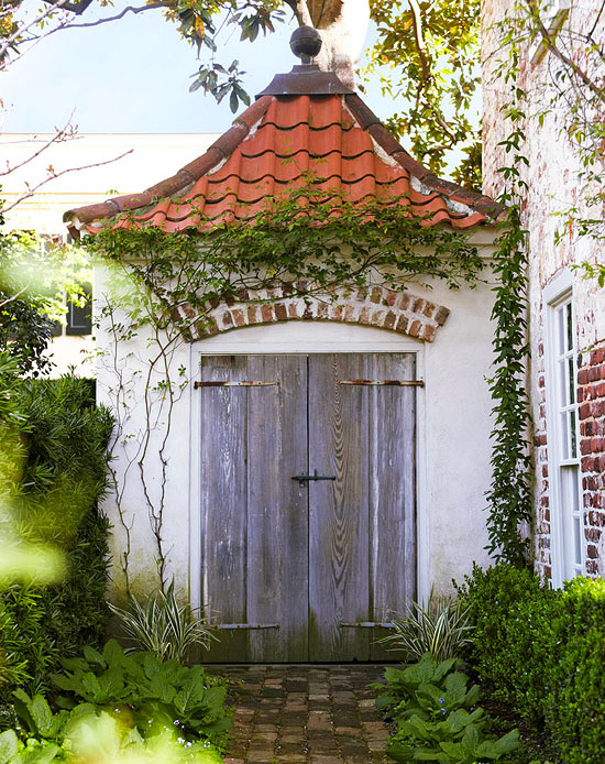 Charleston Garden via Traditional Home 7