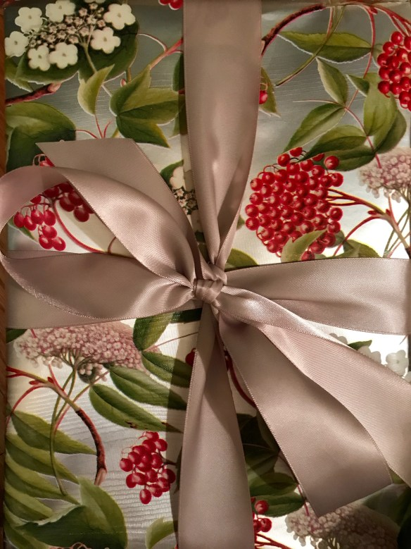 Caspari gift wrap for The Potted Boxwood 4