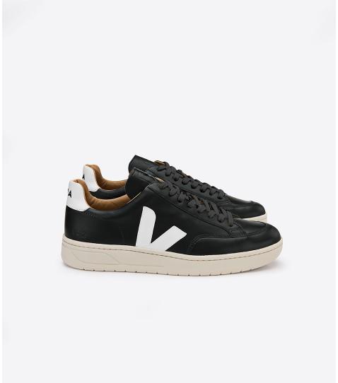 Veja Men Black Sneaker