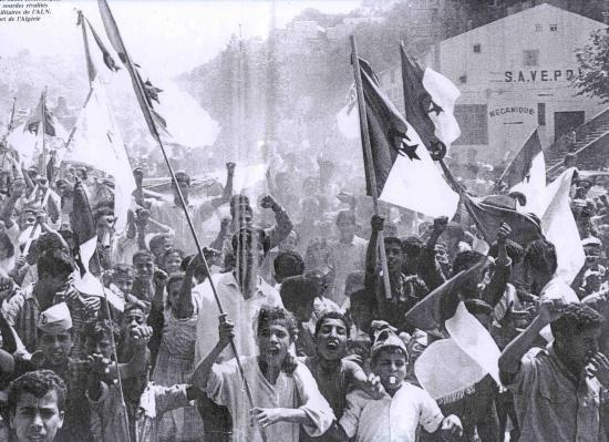 Manifestation Sétif, 8 mai 1945 - ThePrairie.fr !