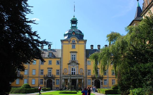 Buckeburg Castle Lower Saxony Germany - photo zoedawes