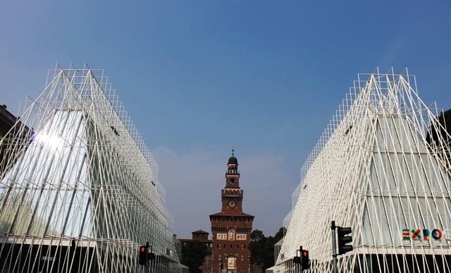 Castello Sforzesco Expo Milano Italy - photo zoe dawes