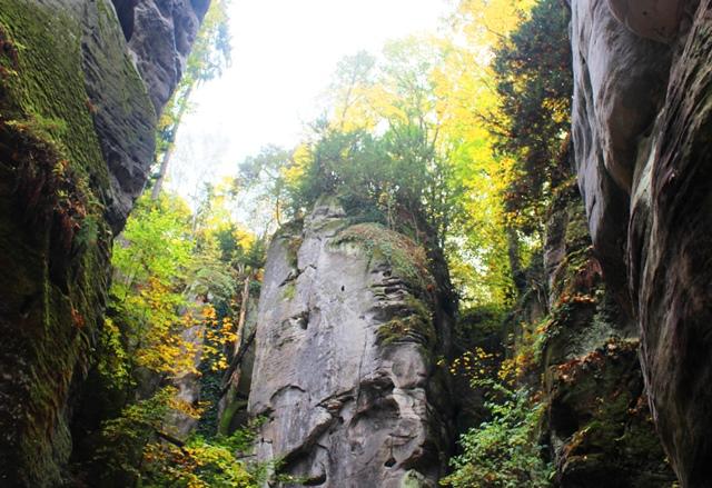 Hruboskalske Rock Town - bohemian paradise - czech republic - zoedawes