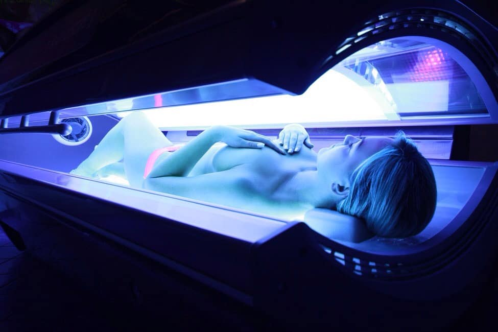 hot girls in tanning bed